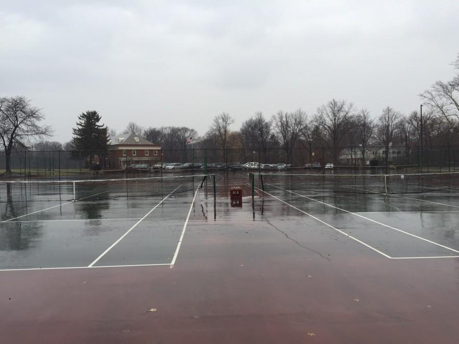 The+tennis+courts+near+Onaway+Elementary+School+were+flooded+after+snow+melting.