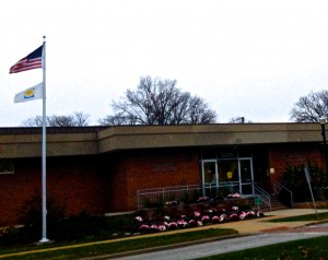 The Shaker Heights Police Department sits on Lee Rd.