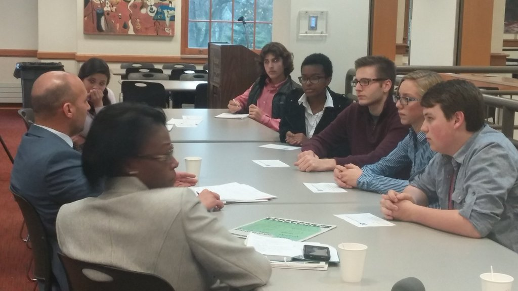 Senate Minority Leader Joe Schiavoni discusses  education with students Nov. 19 in the upper cafeteria. Members of the Ohio Democratic Caucus are visiting high schools across the state.