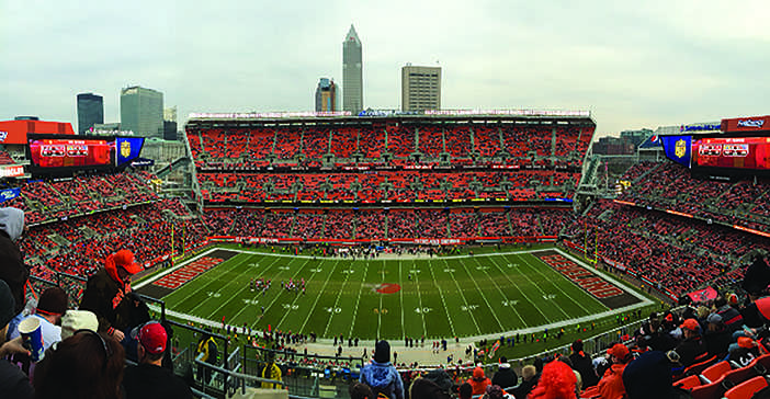 The+Cleveland+Browns%E2%80%99+humiliating+performance+since+they+came+back+to+the+city+in+1999+is+starting+to+take+a+toll+on+the+fans+and+their+interest.+Compared+to+the+packed+crowds+of+the+successful+%E2%80%9880s+Browns%2C+the%0Astadium+was+half+empty+during+the+third+quarter+of+the+Dec.+6+game+against+the+Cincinnati+Bengals.