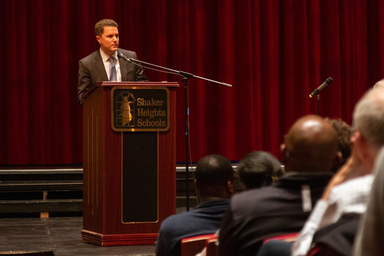 Glasner speaks at Nov. 8 community meeting.